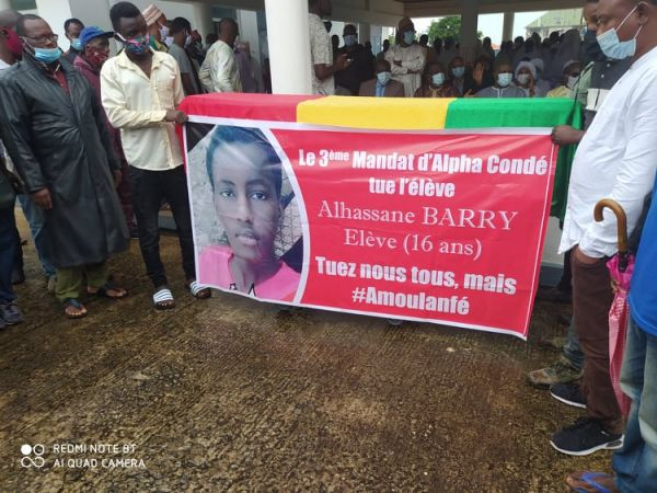 Abdourahmane Sanoh aux obsèques d'Alhassane Barry : « Nous n'avons pas d'autres choix que d'honorer leur mémoire »